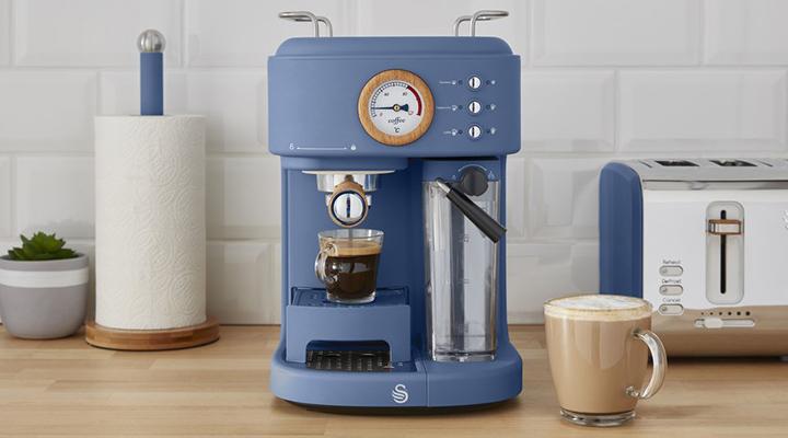 Swan Nordic Semi Auto Coffee Machine - Μπλε - - SK22150BLUN