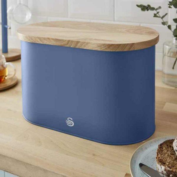 intellizen_swan_Nordic-Bread-Bin-with-Wooden-Lid-blue_1